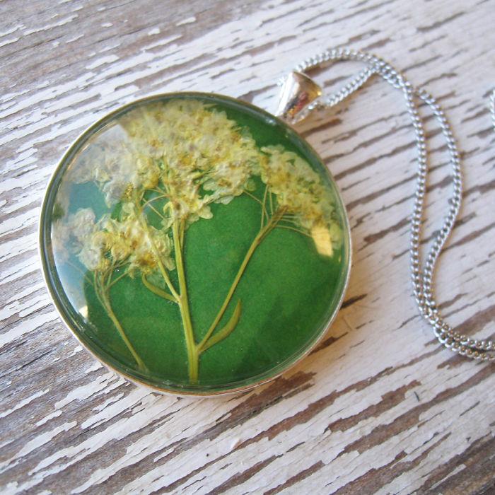gioielli-botanici-natura-fiori-pressati-piante-adrienne-deloe-12