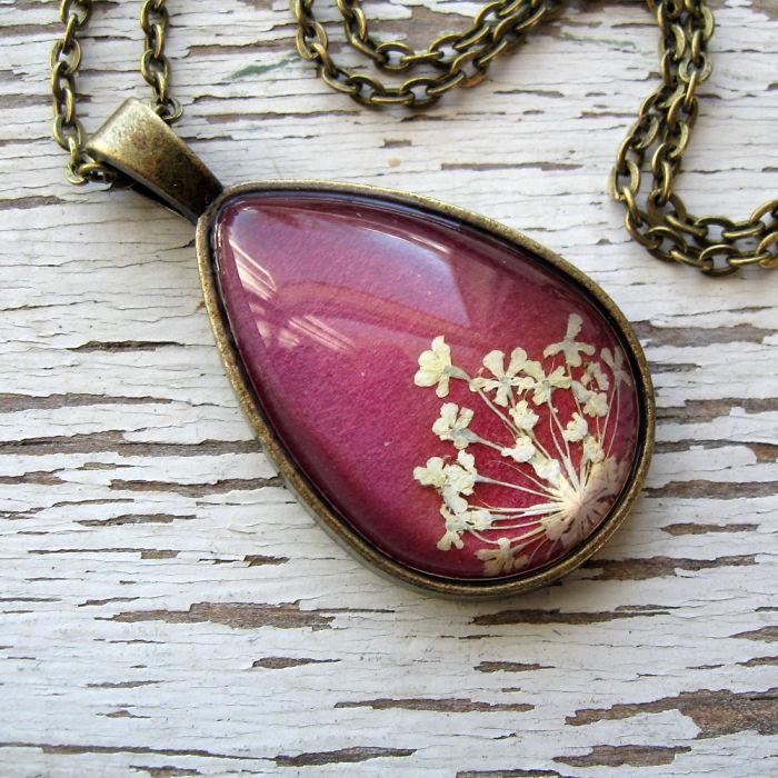 gioielli-botanici-natura-fiori-pressati-piante-adrienne-deloe-18