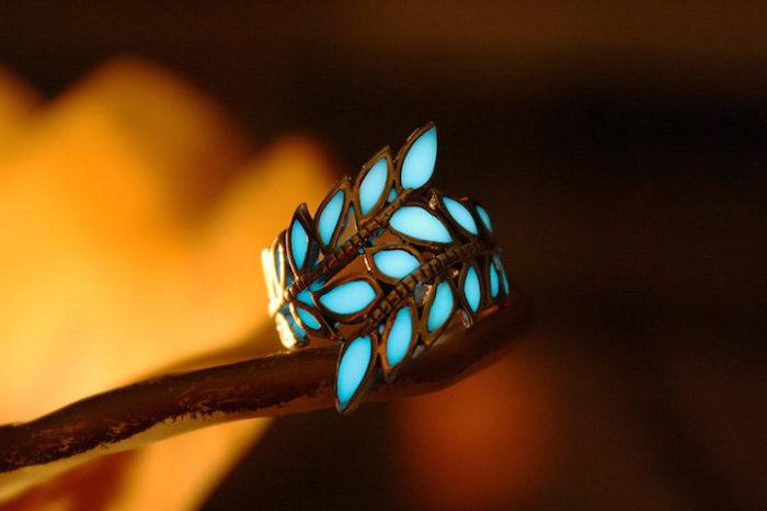 gioielli-fluorescenti-turchese-mistici-papillon9-03