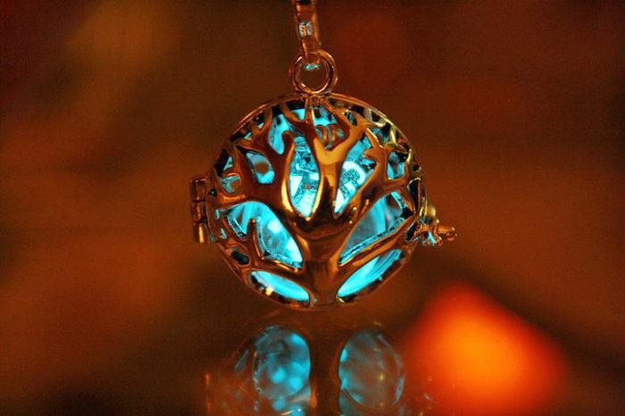 gioielli-fluorescenti-turchese-mistici-papillon9-09