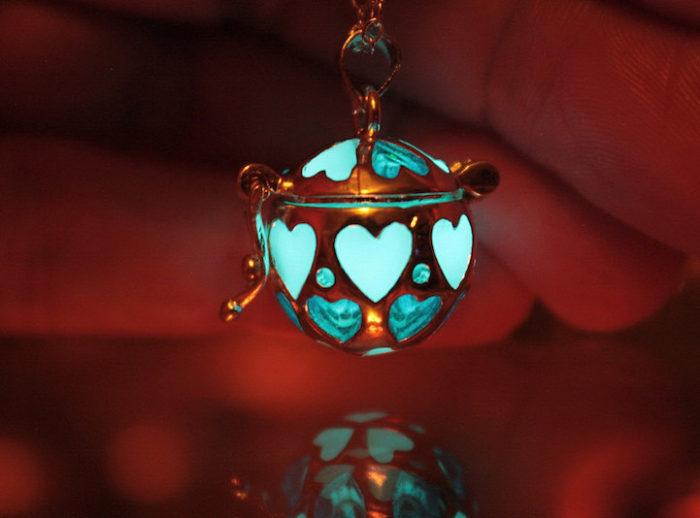 gioielli-fluorescenti-turchese-mistici-papillon9-3