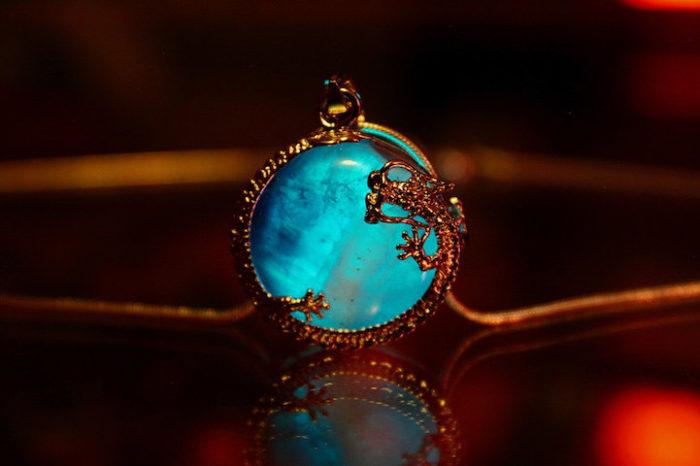 gioielli-fluorescenti-turchese-mistici-papillon9-8