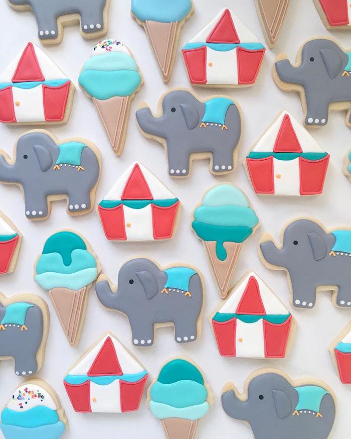 graphic-designer-holly-fox-crea-biscotti-pasta-zucchero-colorati-design-03