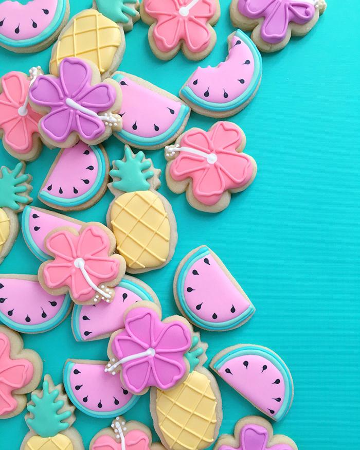graphic-designer-holly-fox-crea-biscotti-pasta-zucchero-colorati-design-09