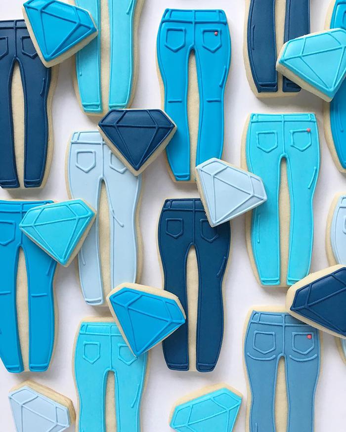 graphic-designer-holly-fox-crea-biscotti-pasta-zucchero-colorati-design-19