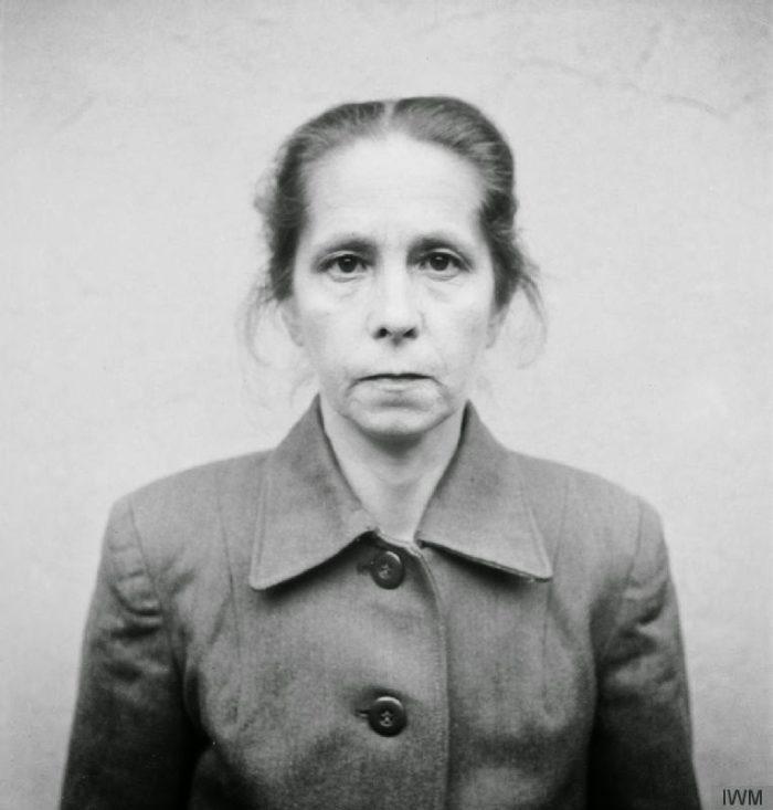 guardie-donne-campo-concentramento-femminile-nazista-01