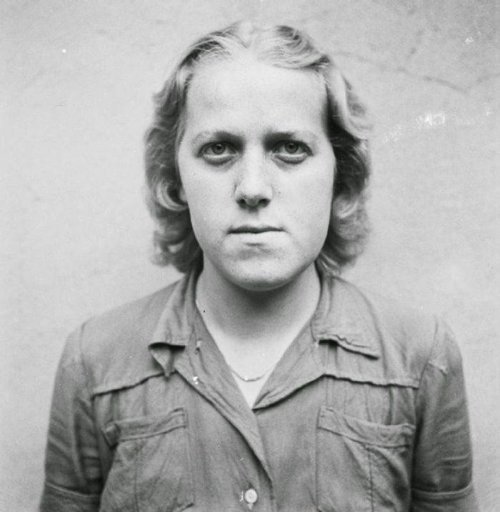 guardie-donne-campo-concentramento-femminile-nazista-02
