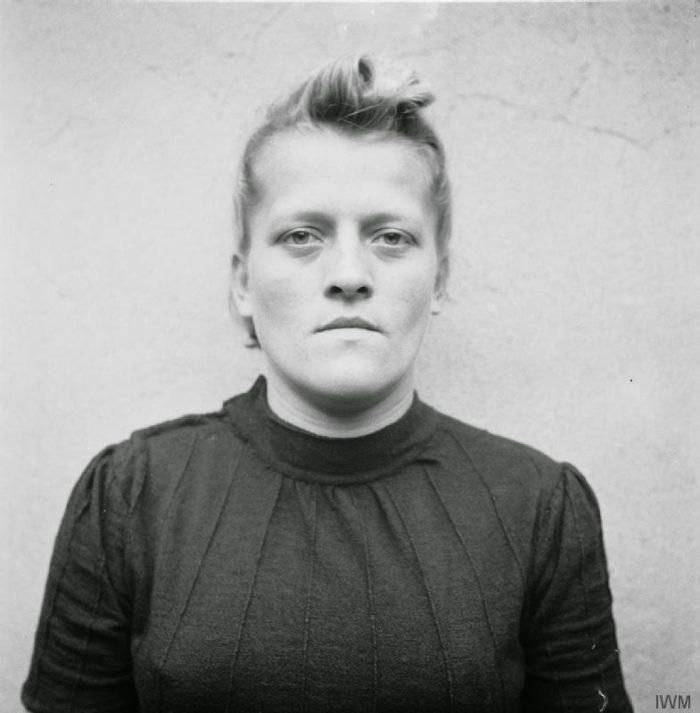 guardie-donne-campo-concentramento-femminile-nazista-09