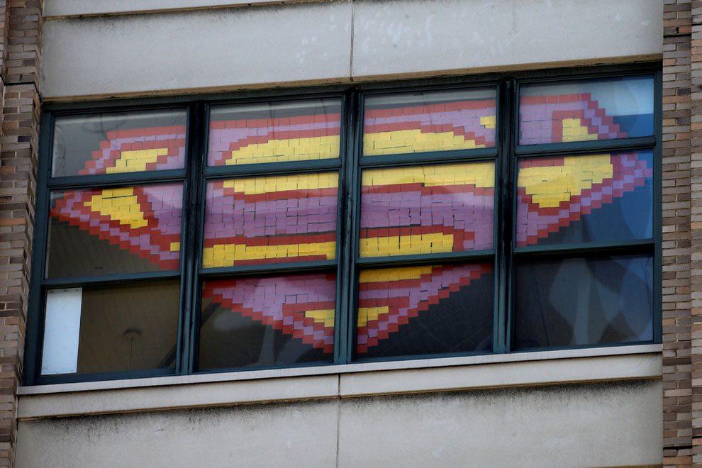 guerra-post-it-finestre-uffici-new-york-immagini-8