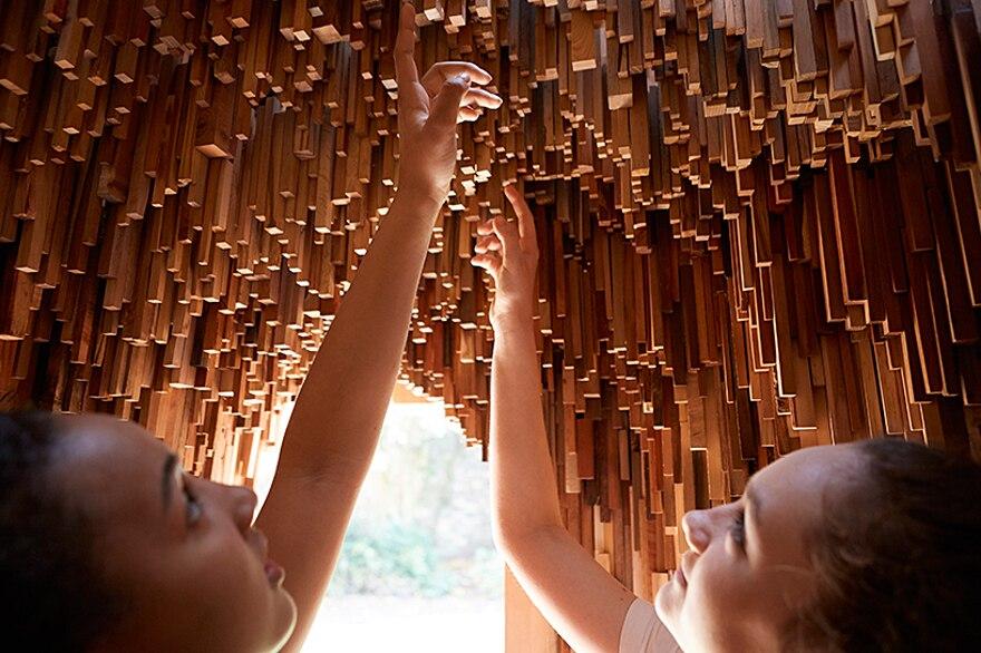 installazione-10000-alberi-bristol-katie-paterson-hollow-13