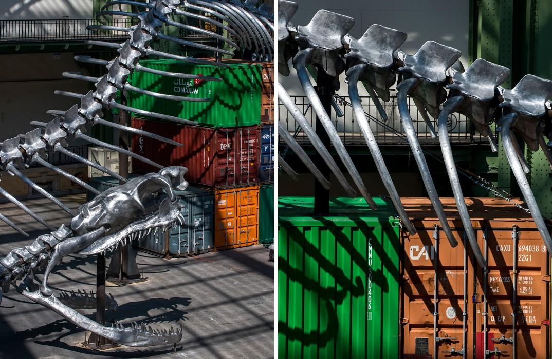 installazione-scheletro-serpente-empires-huang-yong-ping-monumenta-parigi-05