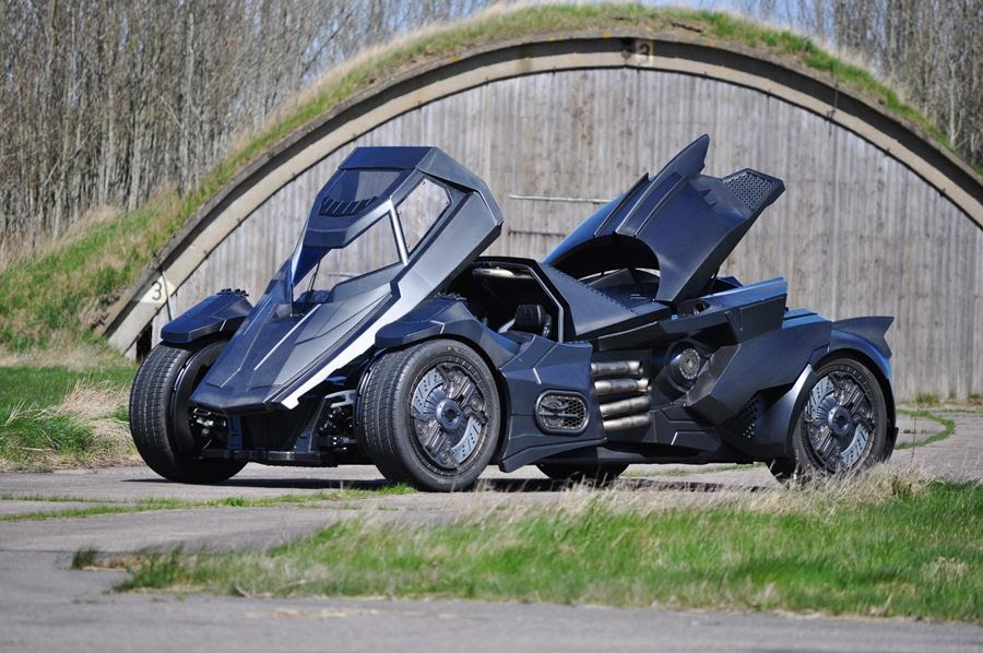lamborghini-diventa-batmobile-arkham-knight-caresto-03