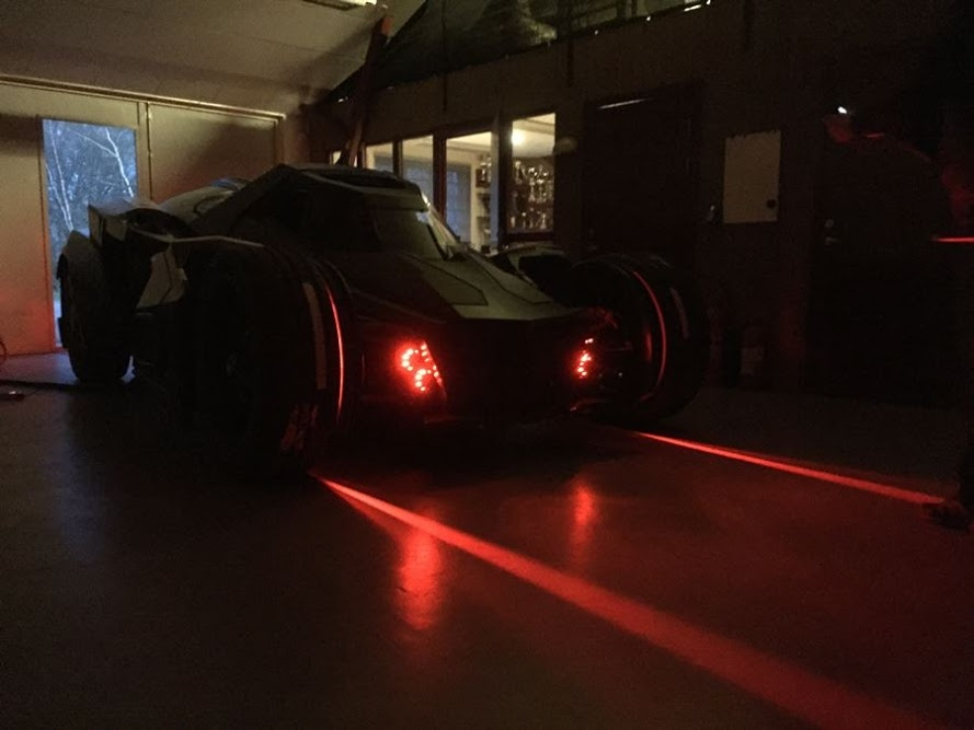 lamborghini-diventa-batmobile-arkham-knight-caresto-16
