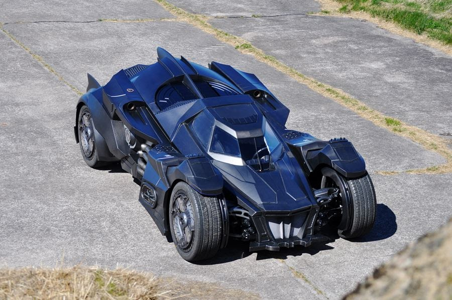 lamborghini-diventa-batmobile-arkham-knight-caresto-18