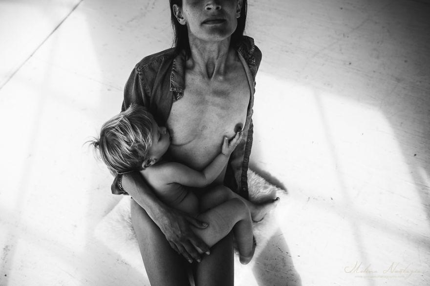 mamme-bambini-allattamento-seno-foto-maternita-melina-nastazia-06