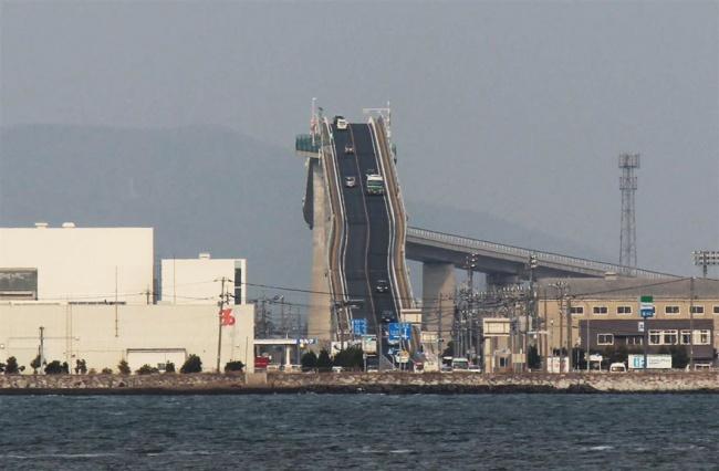 ponte-ripido-eshima-ohashi-giappone-3