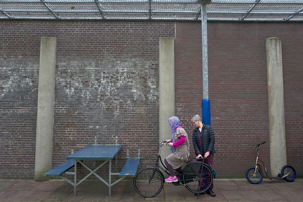prigioni-carceri-olanda-diventano-centri-accoglienza-rifugiati-02