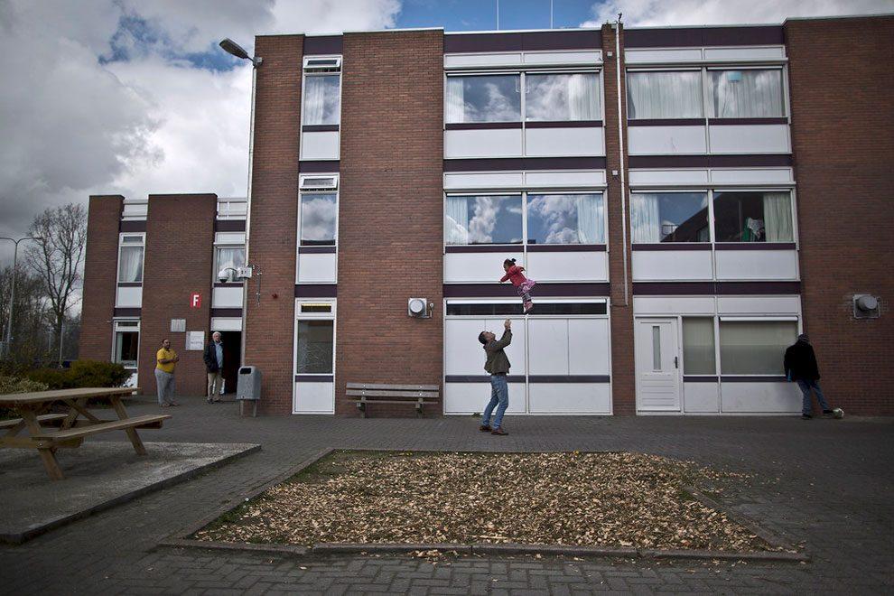 prigioni-carceri-olanda-diventano-centri-accoglienza-rifugiati-12