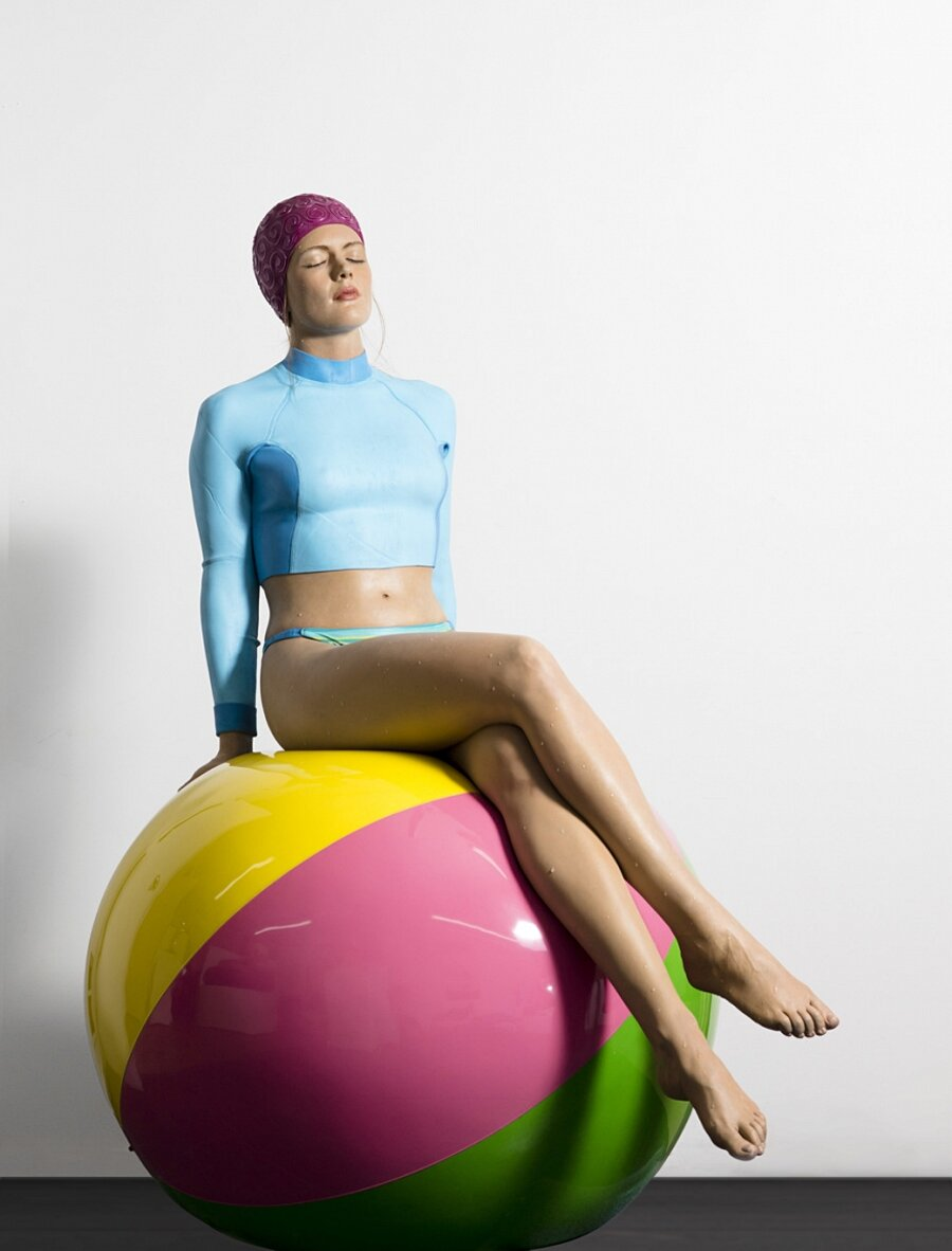 sculture-iperrealismo-donne-nuotatrici-carol-feuerman-09-keb