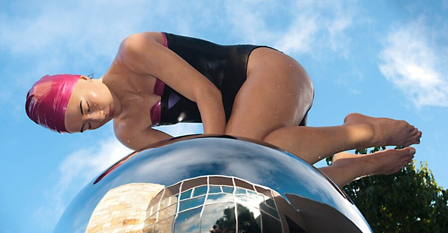 sculture-iperrealismo-donne-nuotatrici-carol-feuerman-11-keb
