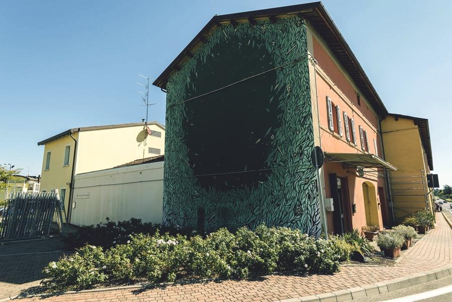 street-art-italia-sardegna-tellas-09