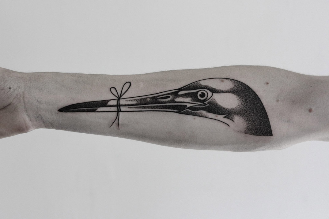 tatuaggi-monocromatici-minimal-ilyabrezinski-6