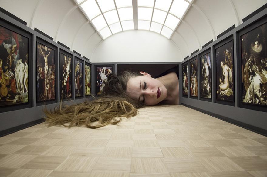 teste-giganti-dentro-gallerie-arte-famose-falsification-tezi-gabunia-02