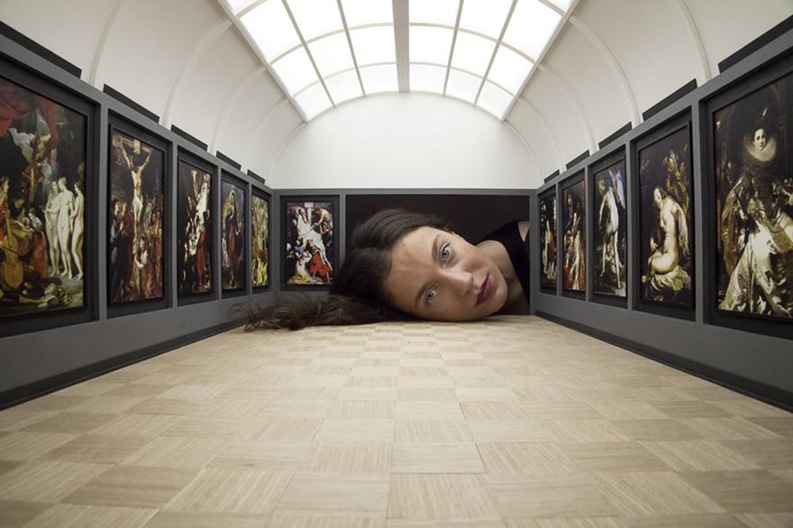 teste-giganti-dentro-gallerie-arte-famose-falsification-tezi-gabunia-03