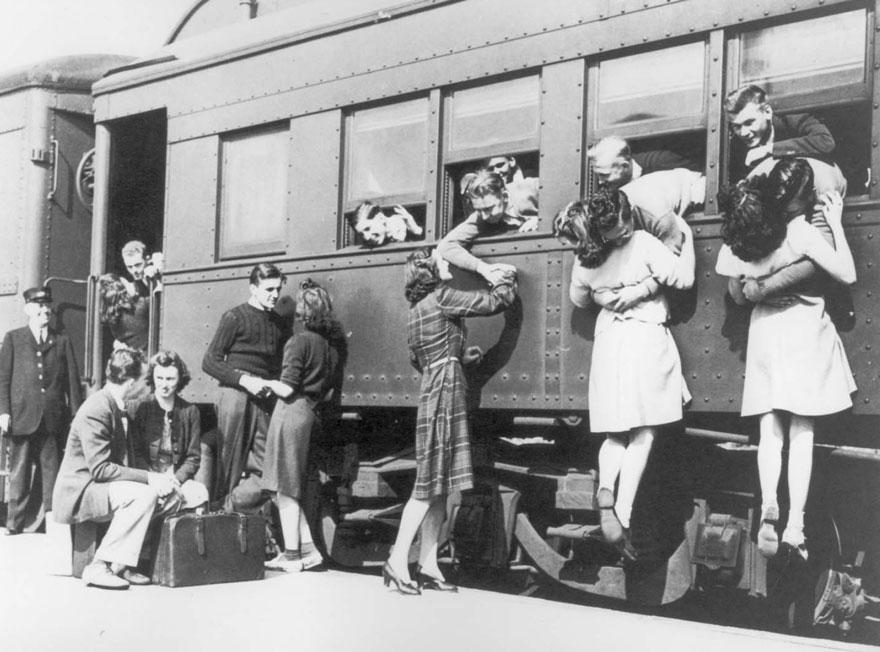vecchie-foto-vintage-innamorati-seconda-guerra-mondiale-amore-04