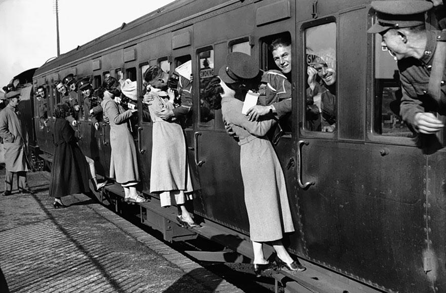 vecchie-foto-vintage-innamorati-seconda-guerra-mondiale-amore-06