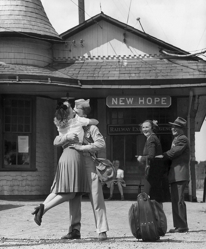 vecchie-foto-vintage-innamorati-seconda-guerra-mondiale-amore-09