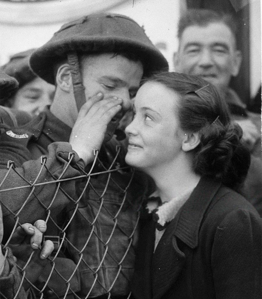 vecchie-foto-vintage-innamorati-seconda-guerra-mondiale-amore-16