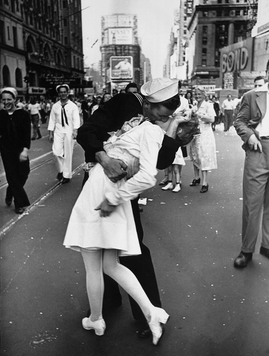 vecchie-foto-vintage-innamorati-seconda-guerra-mondiale-amore-17