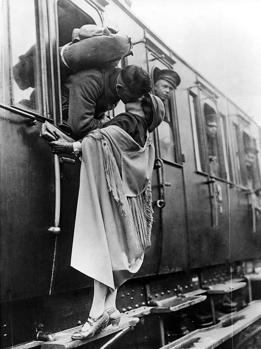 vecchie-foto-vintage-innamorati-seconda-guerra-mondiale-amore-19