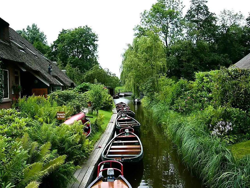 villaggio-senza-strade-canali-giethoorn-paesi-bassi-01