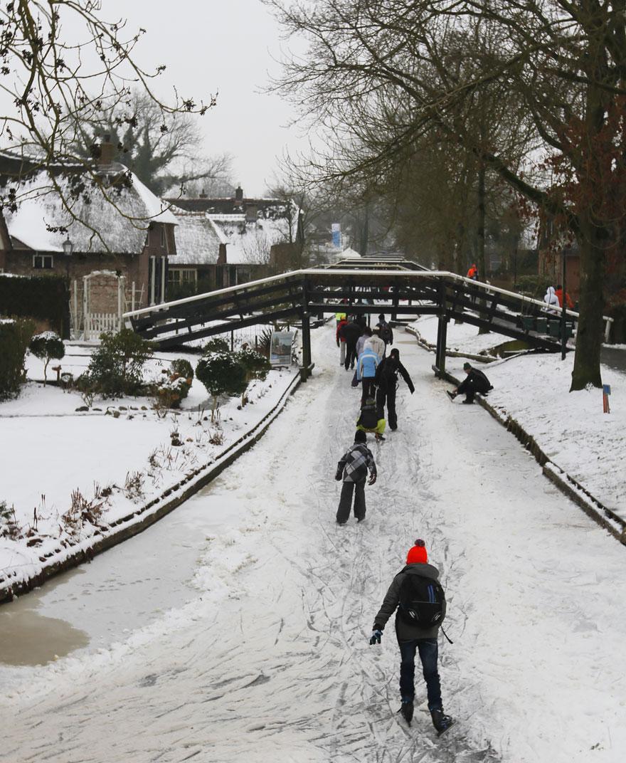 villaggio-senza-strade-canali-giethoorn-paesi-bassi-02