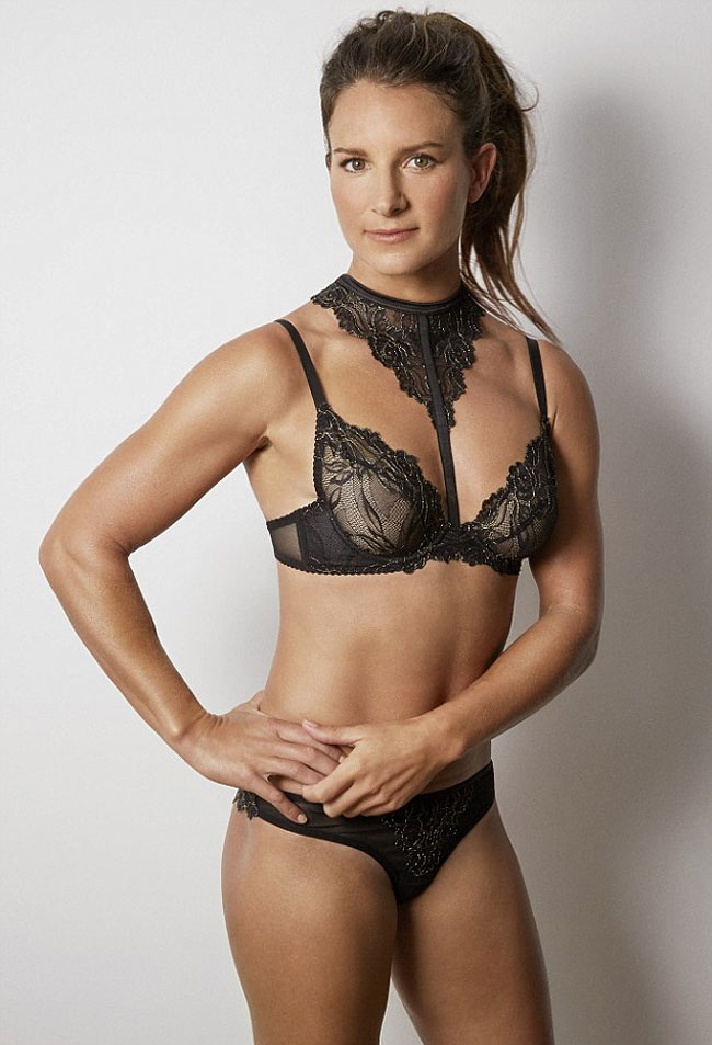 campagna-favore-sport-sexy-atlete-lingerie-foto-5