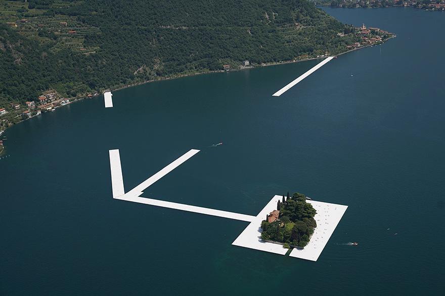 floating-piers-installazione-passerella-lago-iseo-christo-jeanne-claude-01