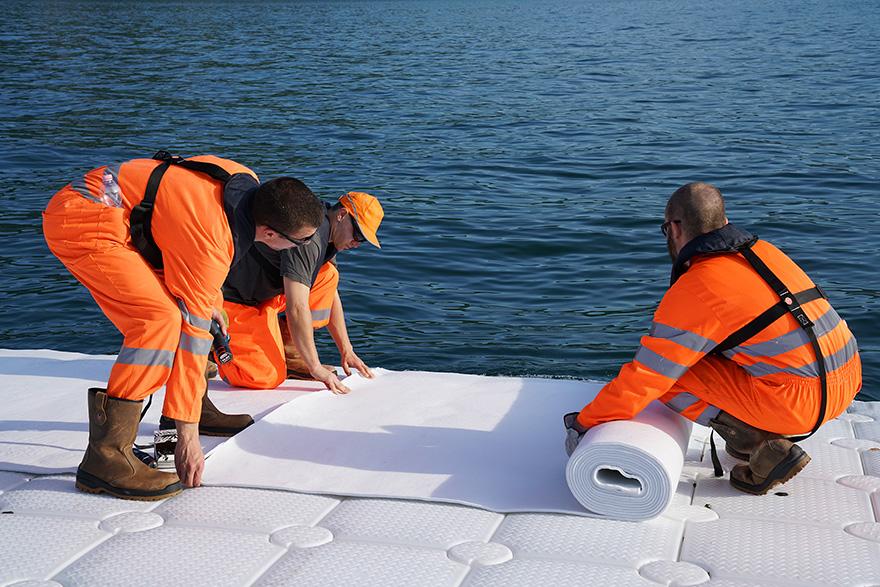 floating-piers-installazione-passerella-lago-iseo-christo-jeanne-claude-08