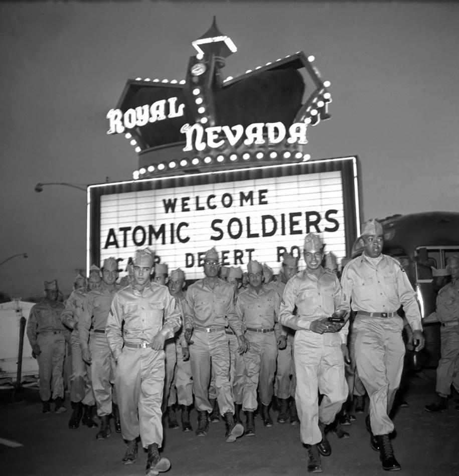 foto-1950-las-vegas-turismo-nucleare-bomba-atomica-07