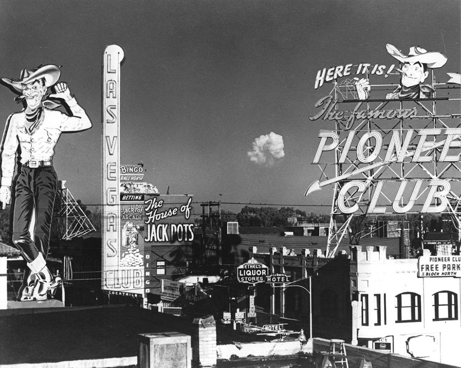 foto-1950-las-vegas-turismo-nucleare-bomba-atomica-10