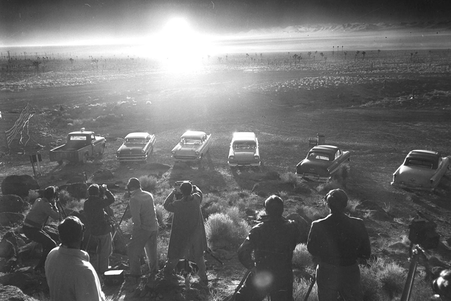 foto-1950-las-vegas-turismo-nucleare-bomba-atomica-11