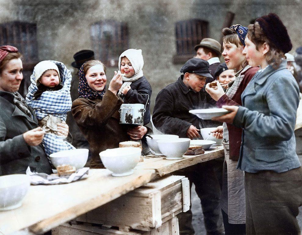 foto-colori-rifugiati-seconda-guerra-mondiale-sanna-dullaway-06