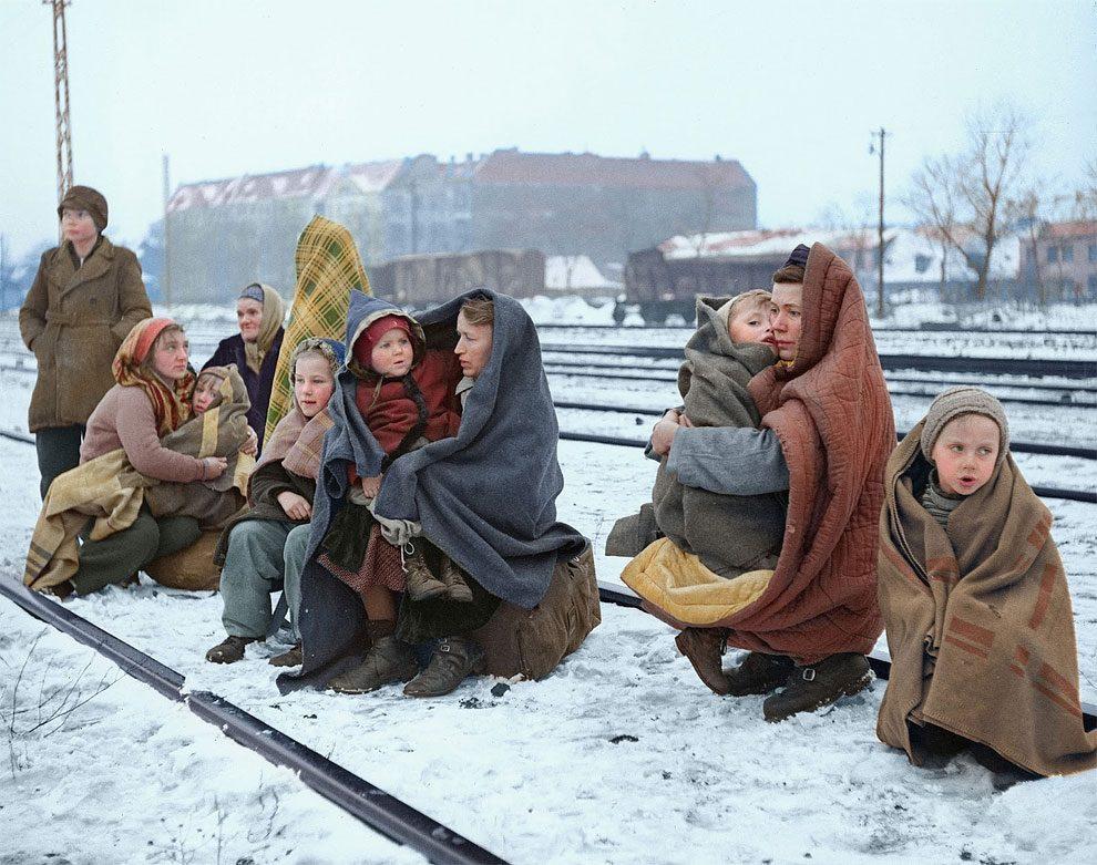 foto-colori-rifugiati-seconda-guerra-mondiale-sanna-dullaway-07