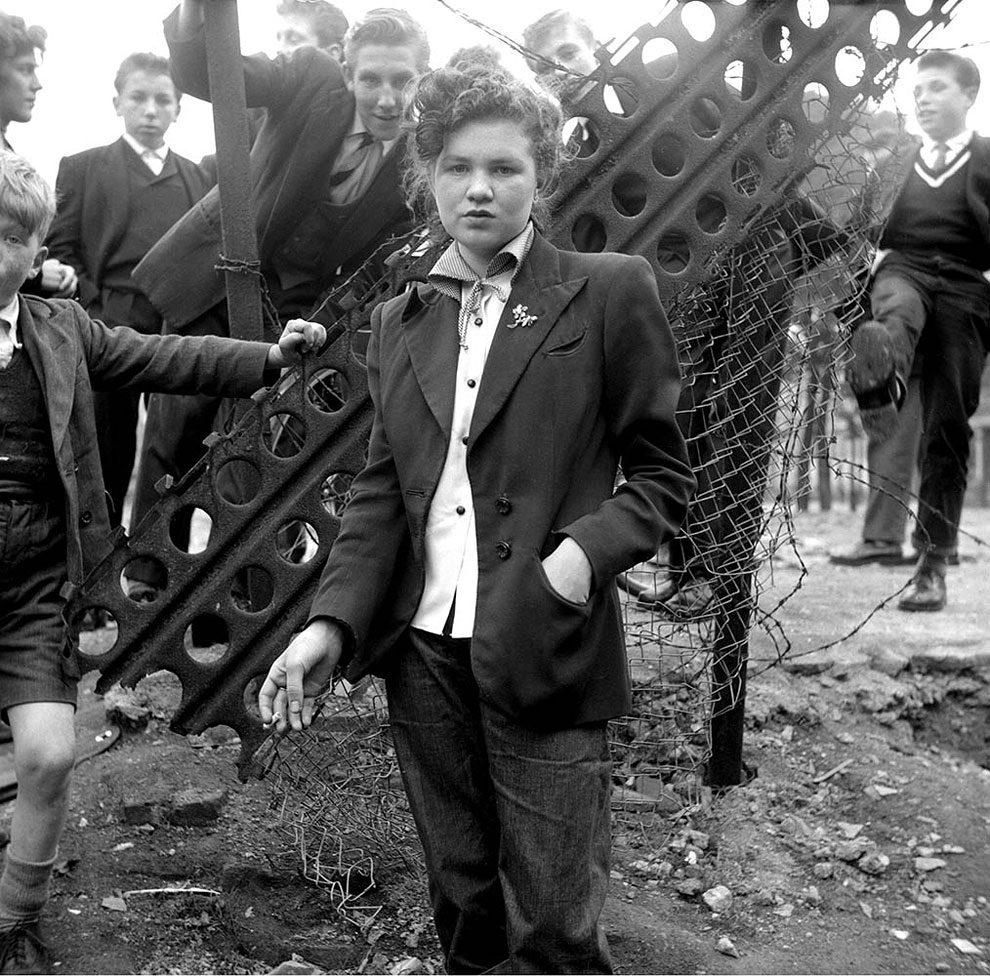 foto-vintage-londra-anni-50-bande-donne-girl-gang-ken-russell-01