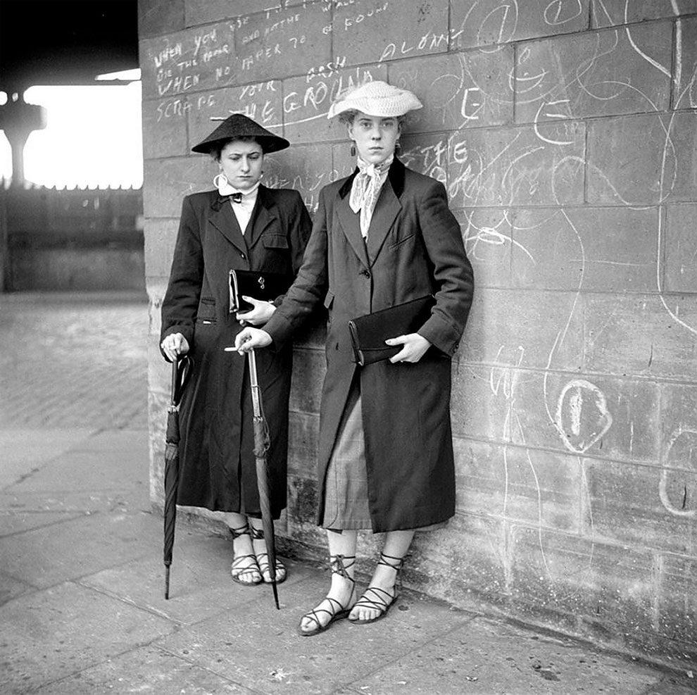 foto-vintage-londra-anni-50-bande-donne-girl-gang-ken-russell-04