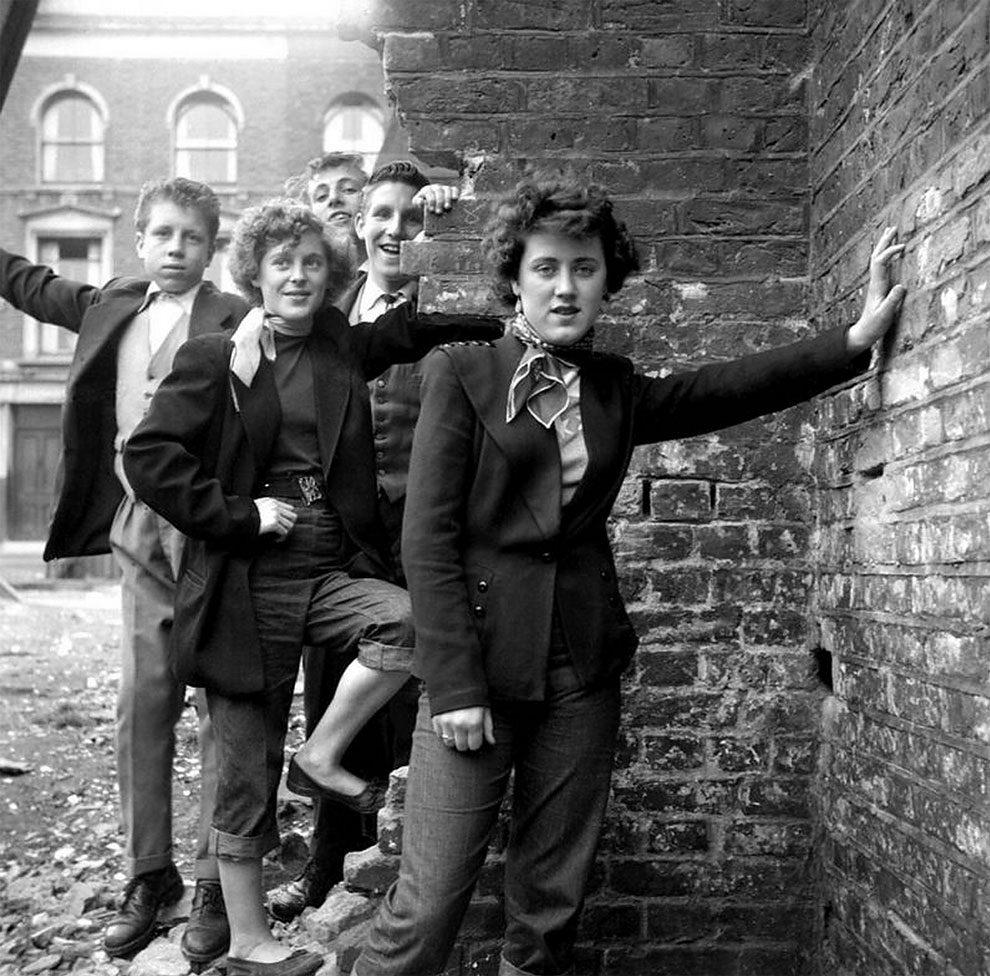 foto-vintage-londra-anni-50-bande-donne-girl-gang-ken-russell-09