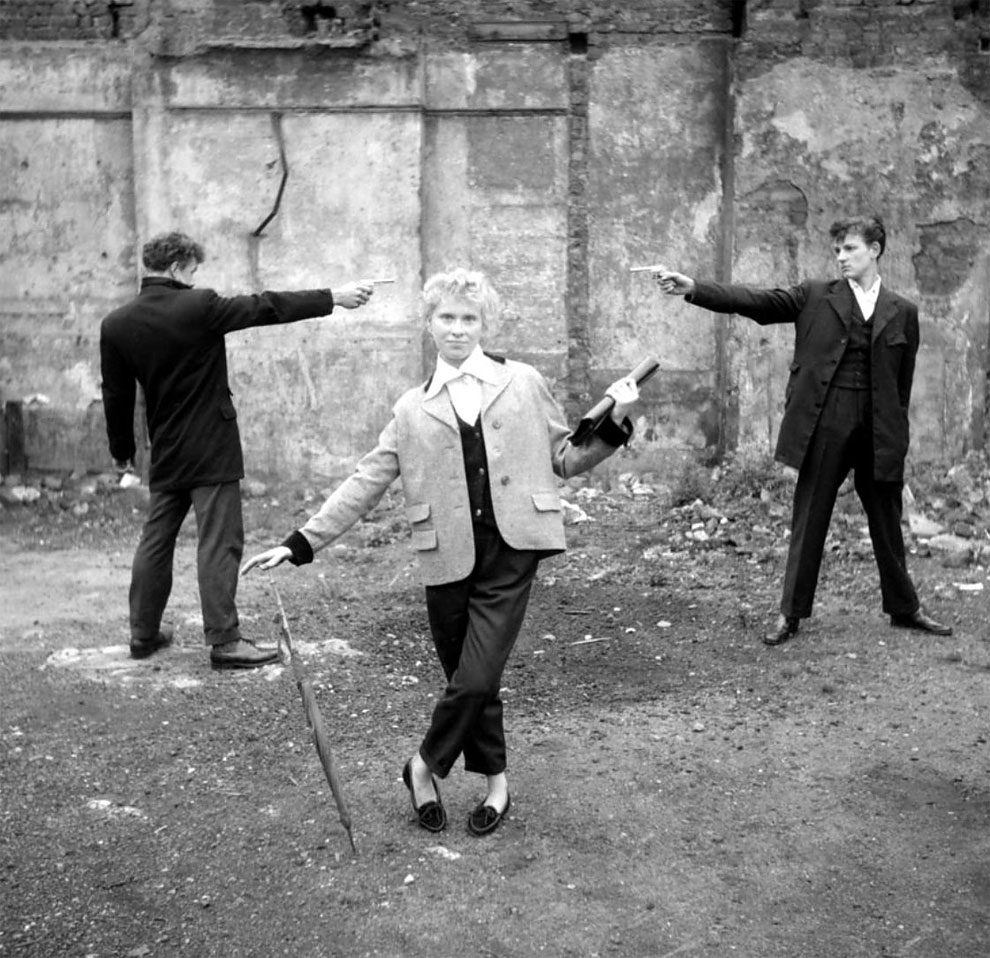 foto-vintage-londra-anni-50-bande-donne-girl-gang-ken-russell-10