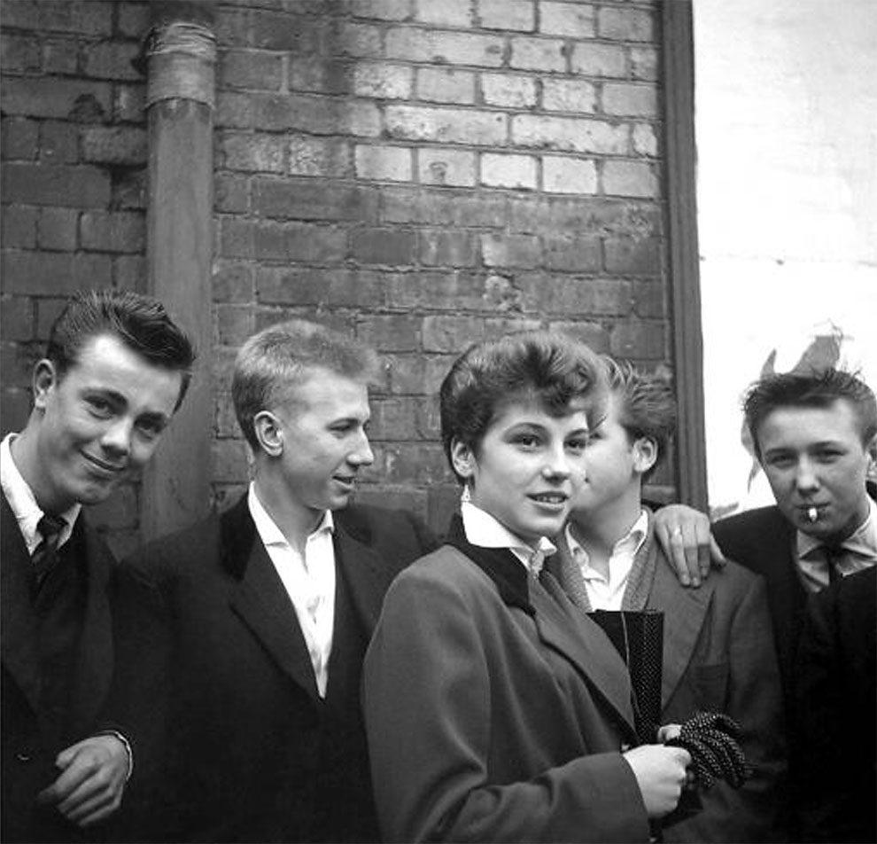 foto-vintage-londra-anni-50-bande-donne-girl-gang-ken-russell-12