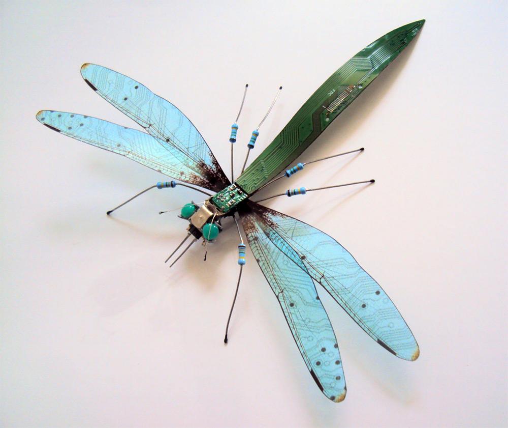 insetti-costruiti-circuiti-elettronici-computer-julie-alice-chappell-10